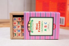 Minifriend stamp set/Alphabet Numbers & Letters